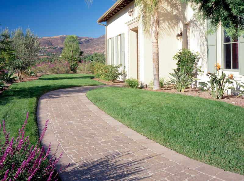 picturesque-paver-walkway-remodel-yorba-linda-ca.jpg
