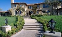 dublin-paver-steps-and-walkway-with-concrete-outline-orange-county-ca.jpg